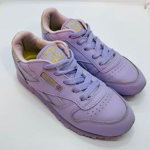 REEBOK || Classic Sneakers ⭐️